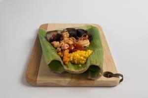 André Boratto utilizou uma folha de bananeira em seu prato