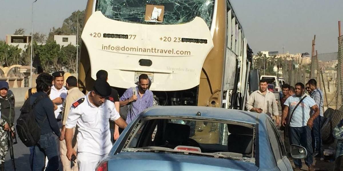 17 turistas heridos tras explosión de bomba cerca de pirámides de Giza en Egipto