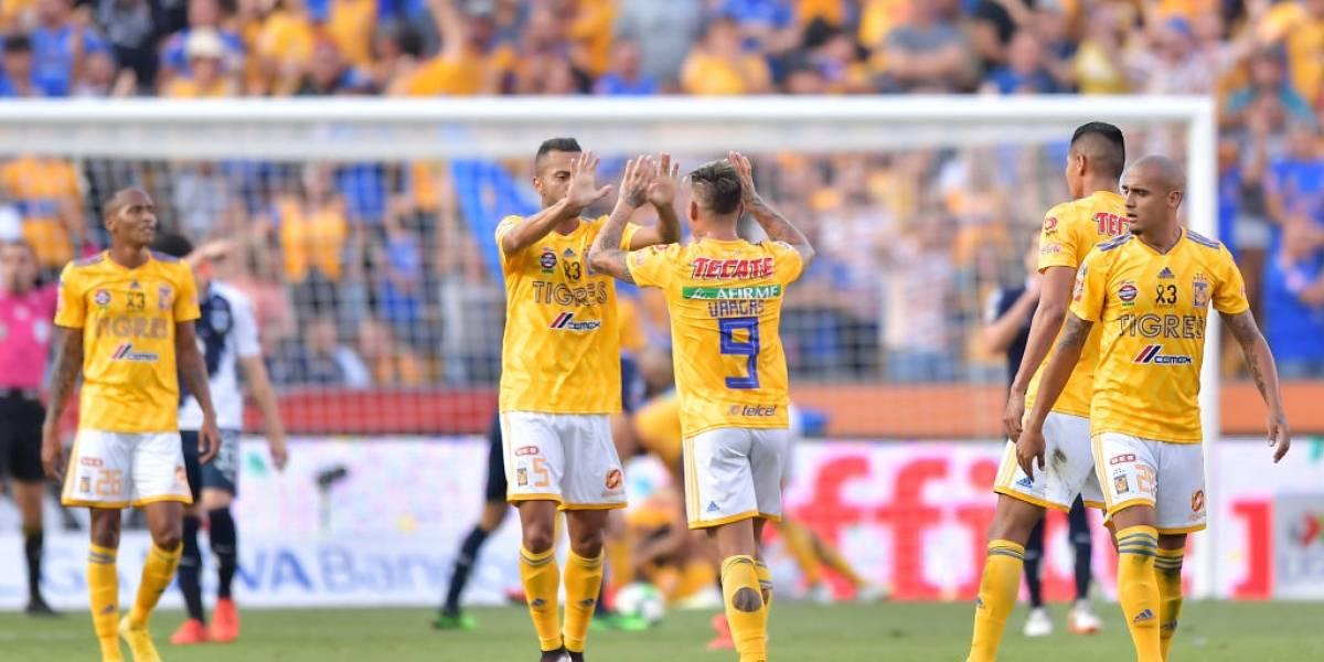 """Eduardo Vargas y Tigres avanzan a la final del fútbol mexicano y esperan a """"rival chileno"""""""