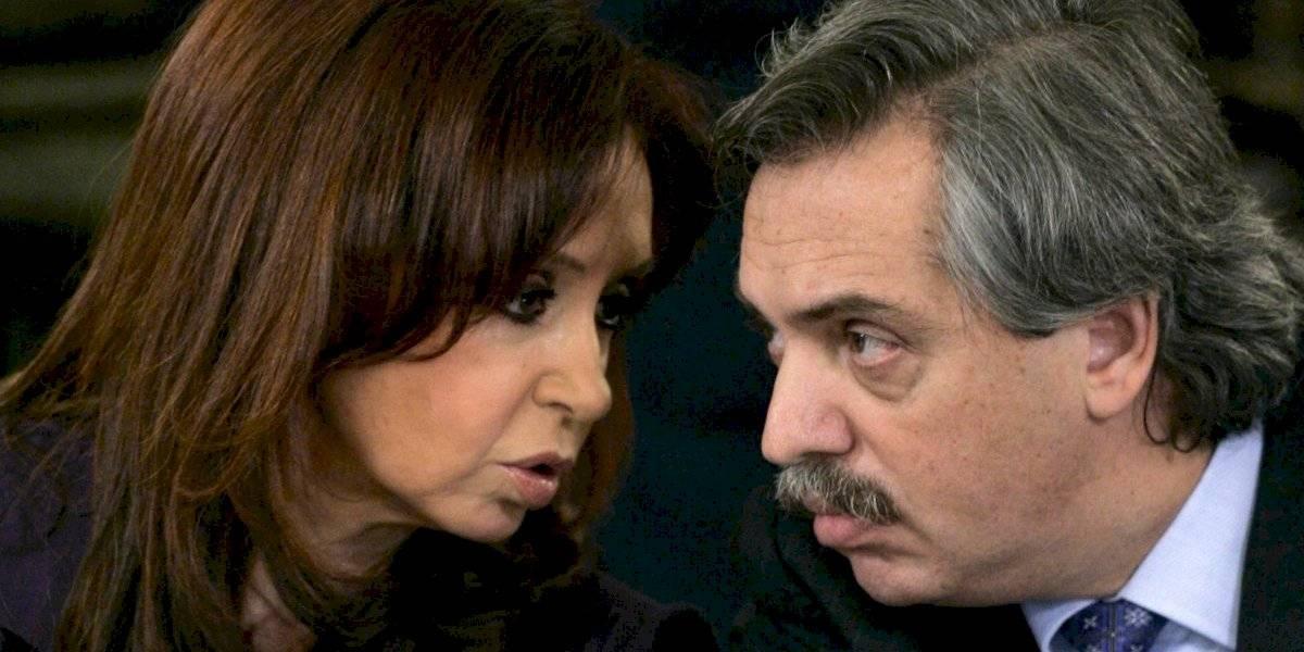 Presidente argentino evalúa ley para penalizar a quienes nieguen o relativicen los crímenes de la dictadura militar