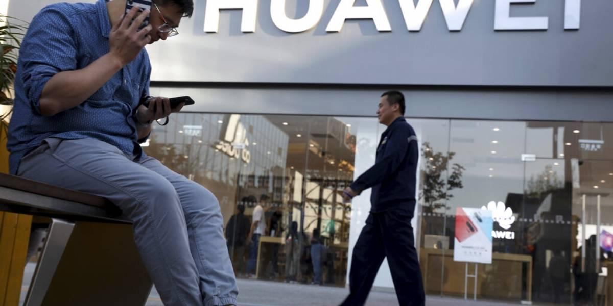 EU otorga permiso temporal a Huawei para continuar operaciones