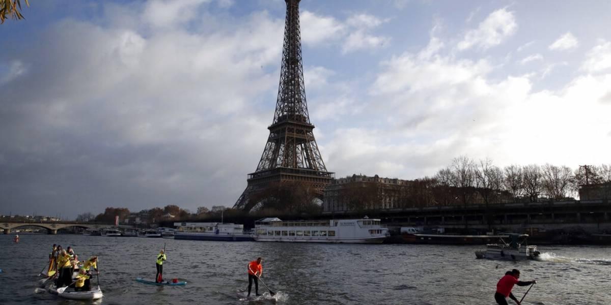 Torre Eiffel se prepara para reabrir sus puertas