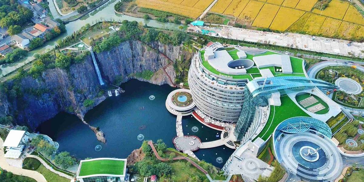 La ciudad bajo tierra: Expertos plantean la arquitectura subterránea como opción sustentable