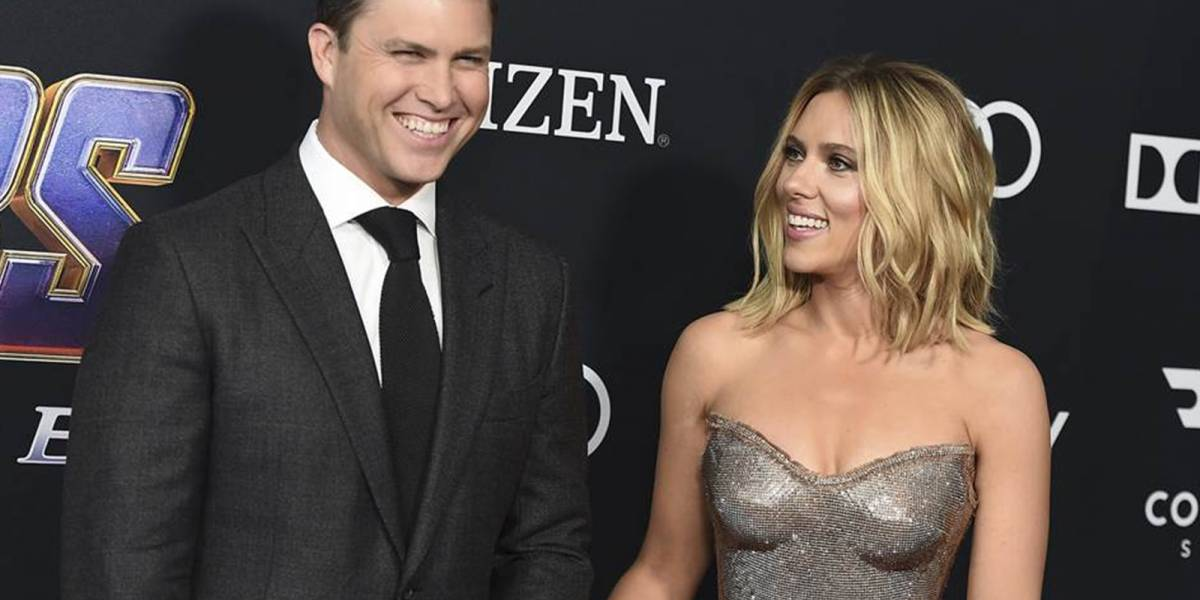Boda a la vista: Scarlett Johansson se comprometió con su novio Colin Jost