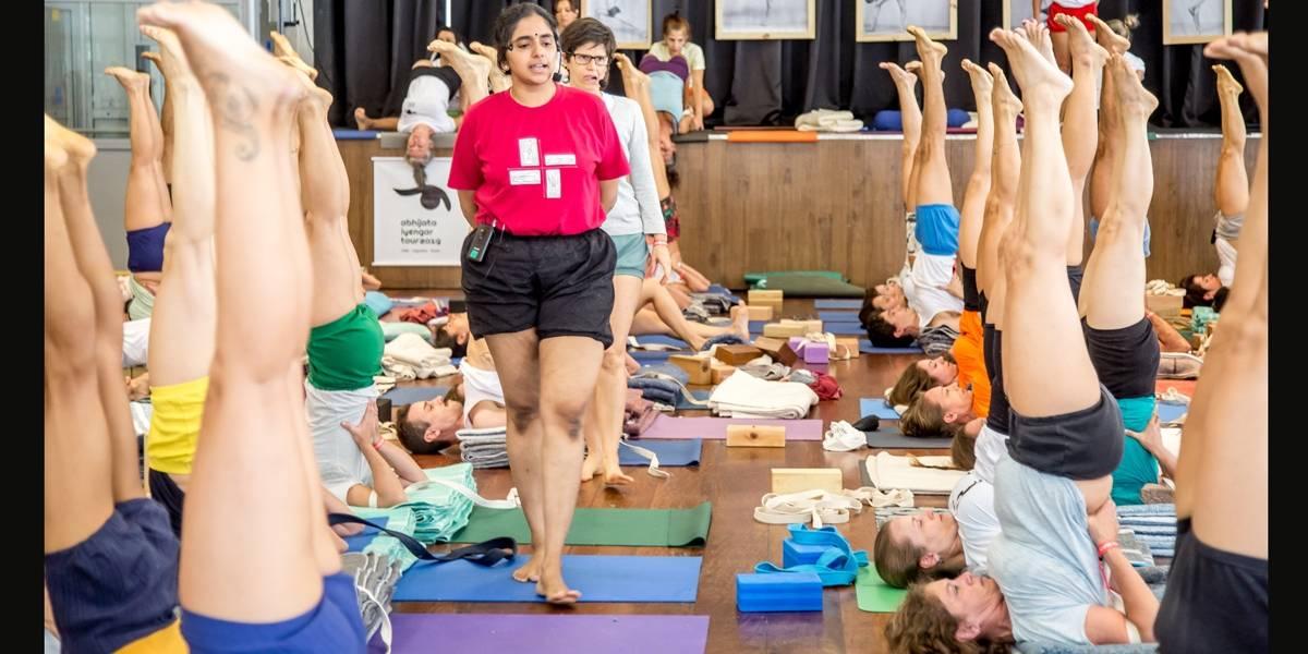 Evento de Yoga reúne mais de 300 participantes em São Paulo
