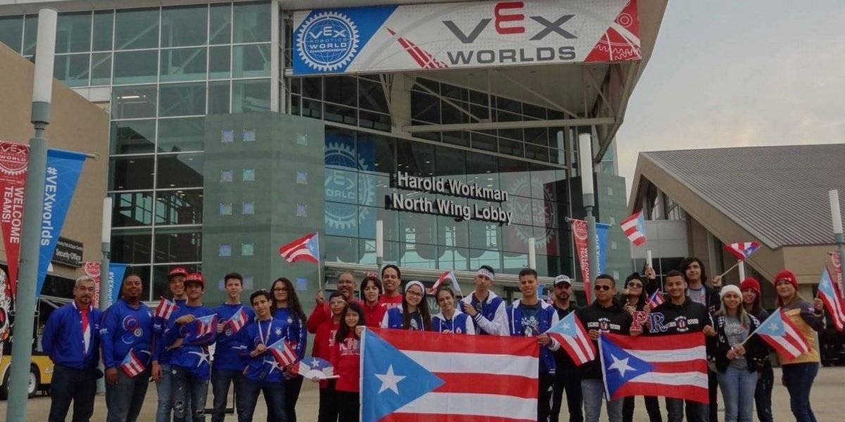 Delegación boricua conquista cinco premios en competencias de robótica