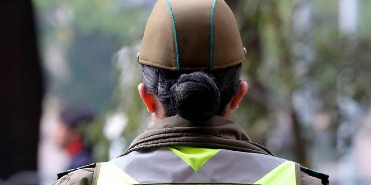 Carabineros gasta $15 millones en aros de perla para funcionarias egresadas