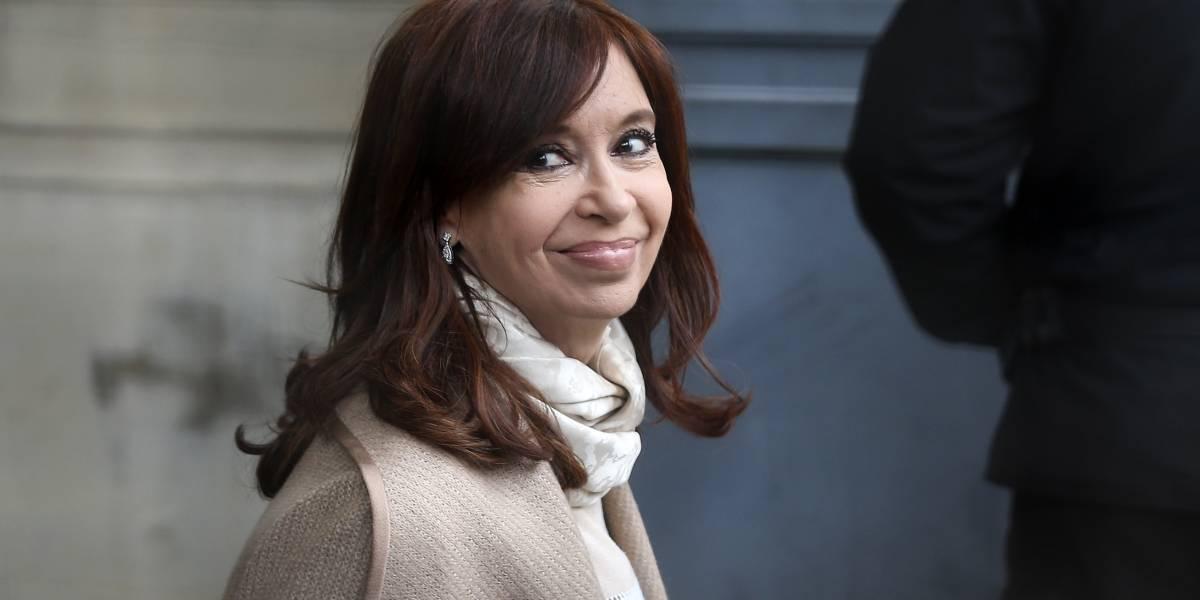 """Cristina Fernández niega cargos y considera su juicio una """"cortina de humo"""""""
