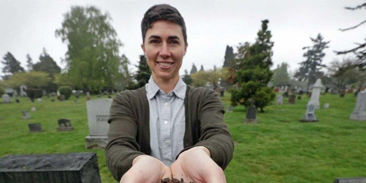 Washington promulga ley para que restos humanos se conviertan en composta