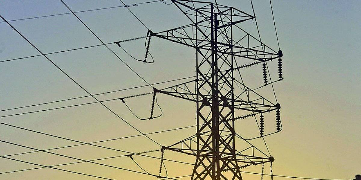 18 organizaciones piden detener el acuerdo de reestructuración de la AEE