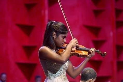 Yohali Montero - Violinista (Small)