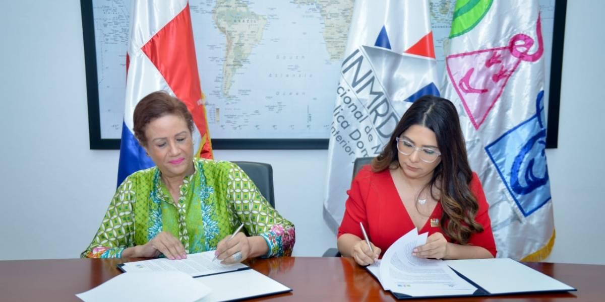 El CONANI y el INM RD firman acuerdo de colaboración a beneficio de la niñez migrante