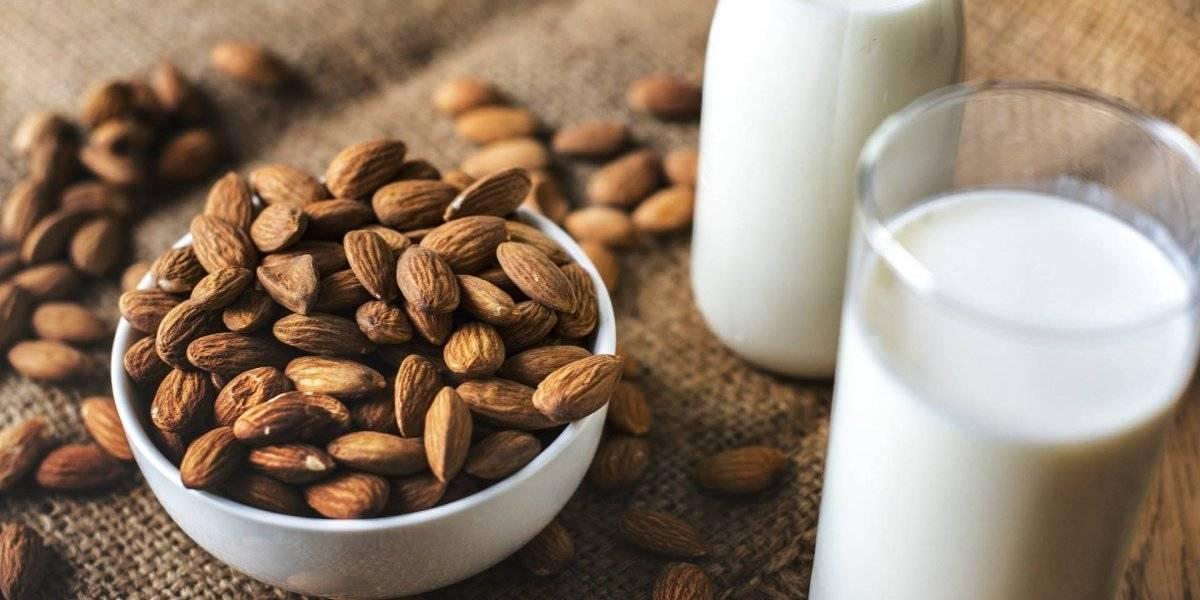 Vitamina de aveia e amêndoas acelera o metabolismo e ajuda a emagrecer