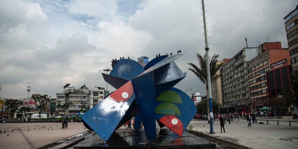 FOTOS: comerciantes del centro adoptaron el monumento La Gran Mariposa