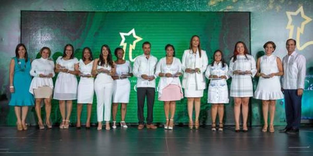 "#TeVimosEn: Grupo Puntacana reconoce colaboradores en premios ""La Cana"""