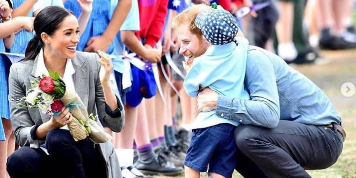 """Fuente revela que los amigos del príncipe Harry odian a Meghan porque piensan que lo """"controla demasiado"""""""