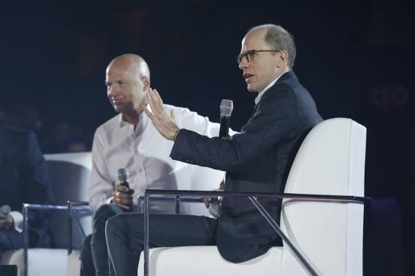 Sebastian Thrun y Nick Bostrom