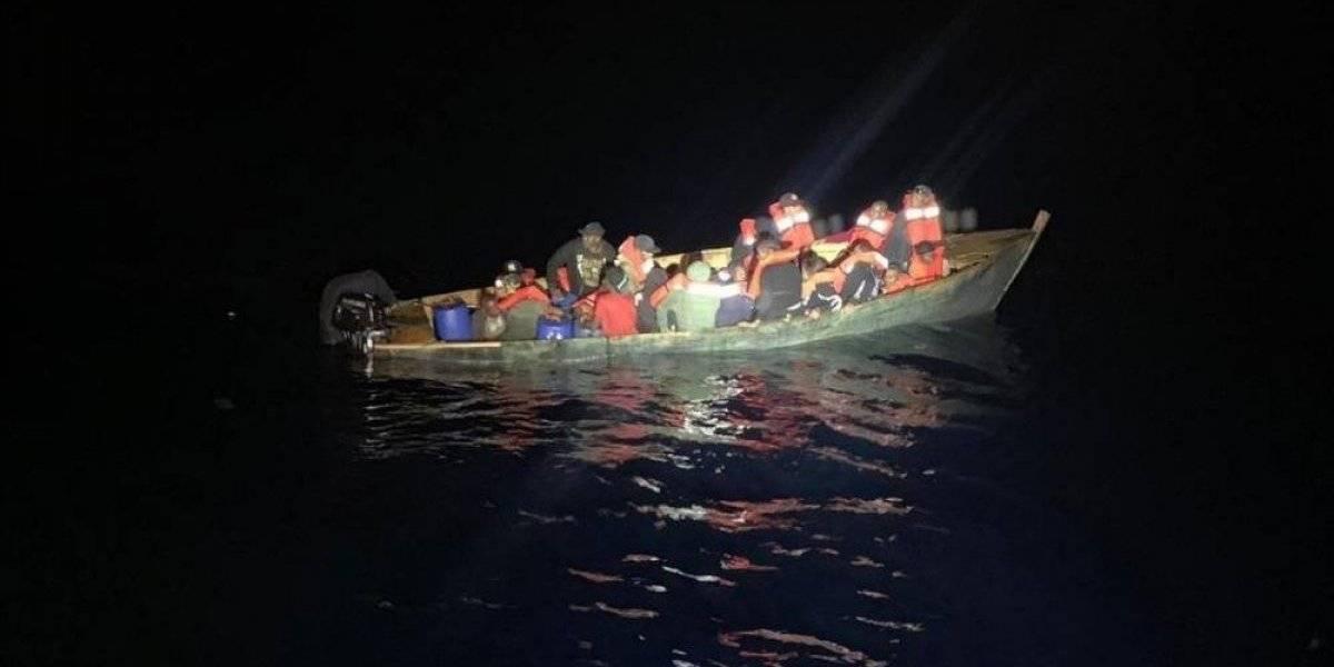 Guardia Costera repatría a 66 inmigrantes a la República Dominicana