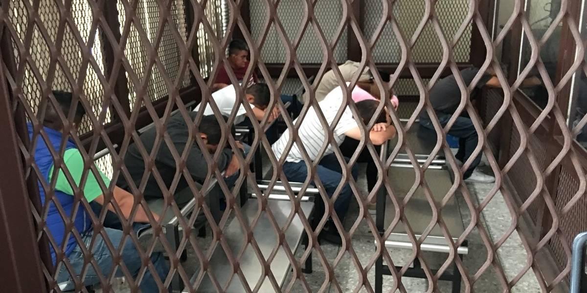 Tribunal impone penas de 5 a 33 años de prisión a banda de estafadores