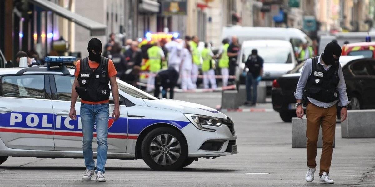 Trece heridos por explosión de un paquete bomba en Francia