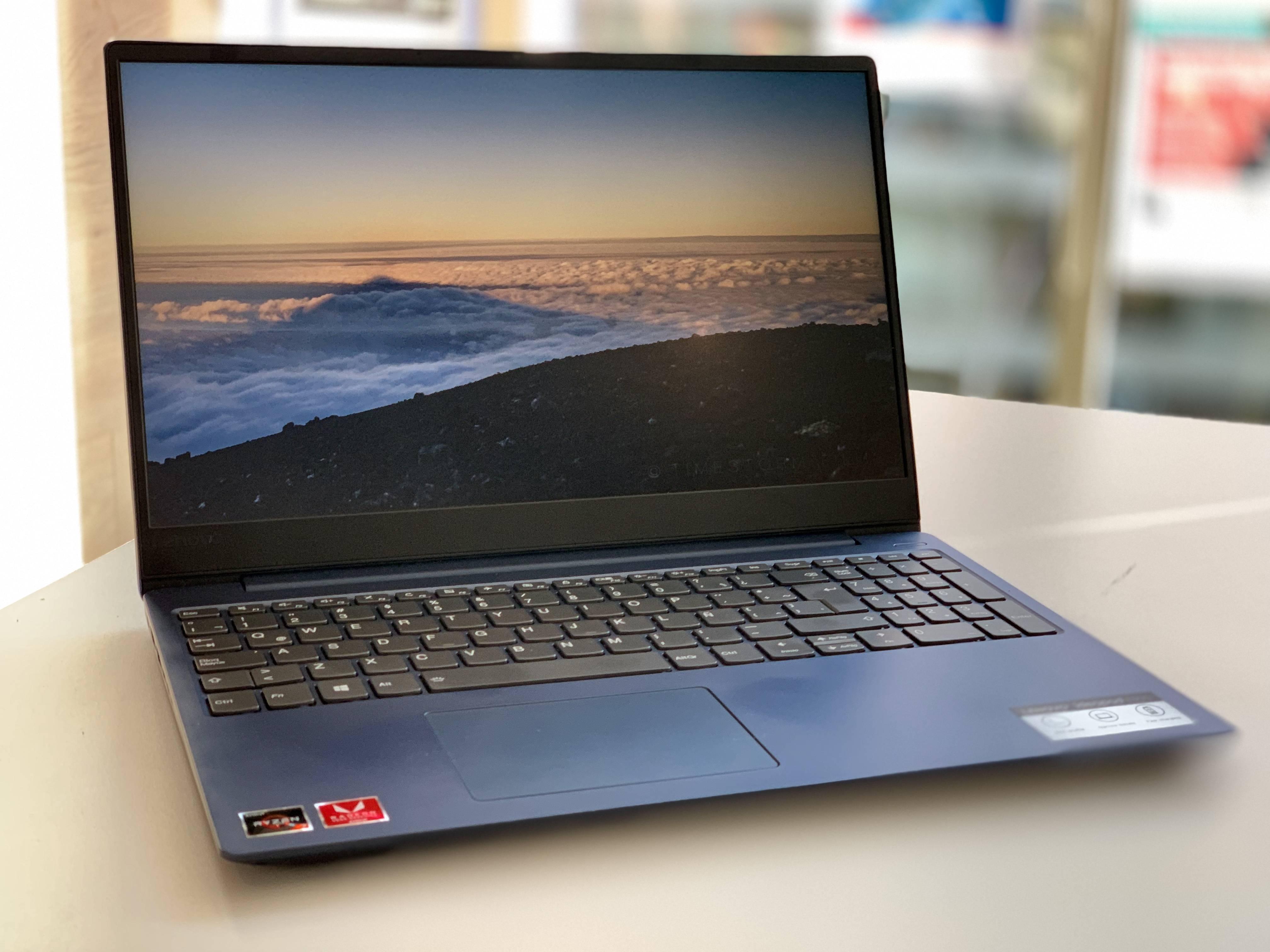Velocidad y potencia en un cuerpo delgado es lo que ofrece el nuevo Ideapad 330s de Lenovo [FW Labs]