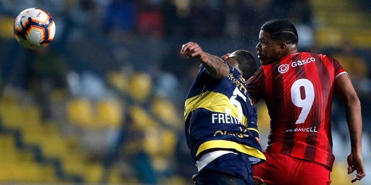 Everton y Huachipato aburrieron en Viña del Mar con un mediocre empate