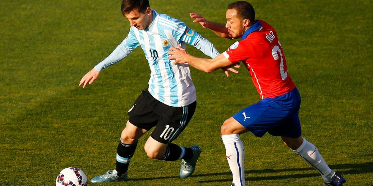 "Marcelo Díaz se suma al deseo de Vidal: ""Sería lindo ver a Messi levantar la Copa América"""
