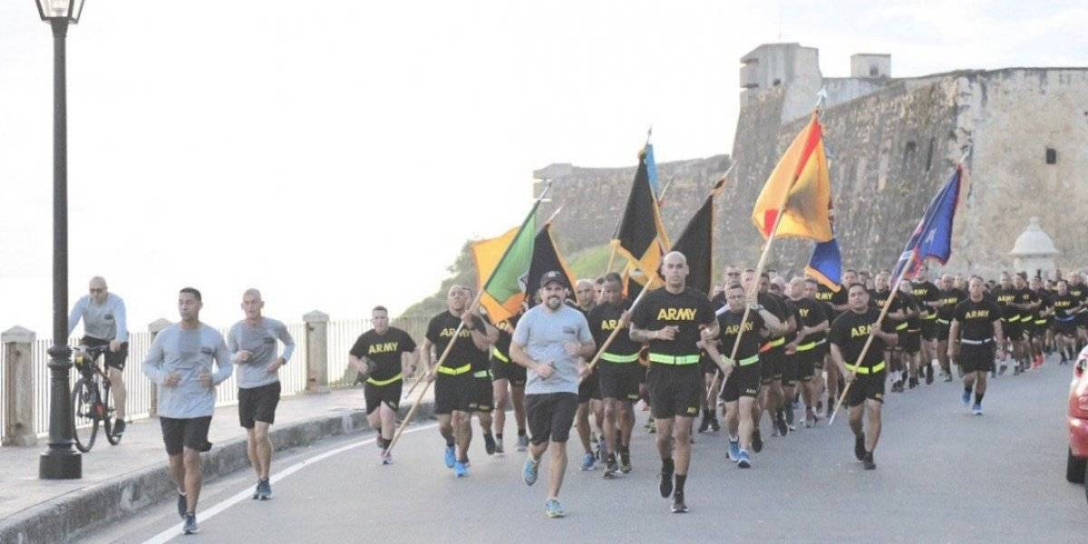Rosselló participa de carrera junto a miembros de la Guardia Nacional de Puerto Rico