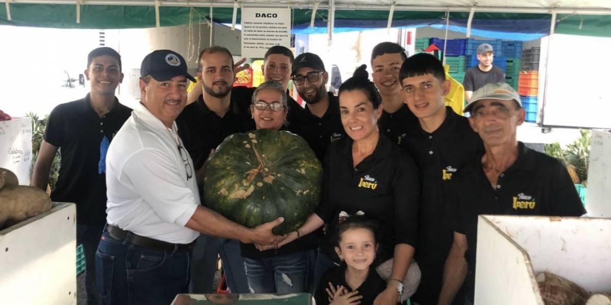 Abre mercado familia en Santa Isabel