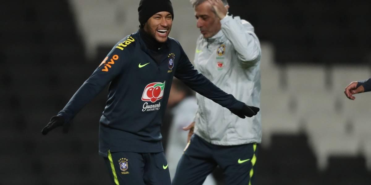 Copa América: Neymar chega à Granja Comary e se junta à seleção brasileira