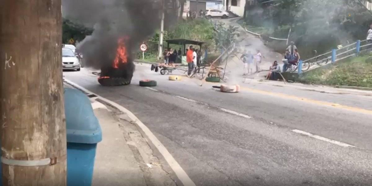 Usaron cadáver en favela de Río de Janeiro para una barricada
