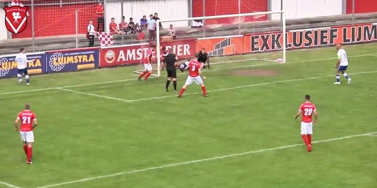 Locura en Holanda: Árbitro anota un gol en la cuarta división y lo validó
