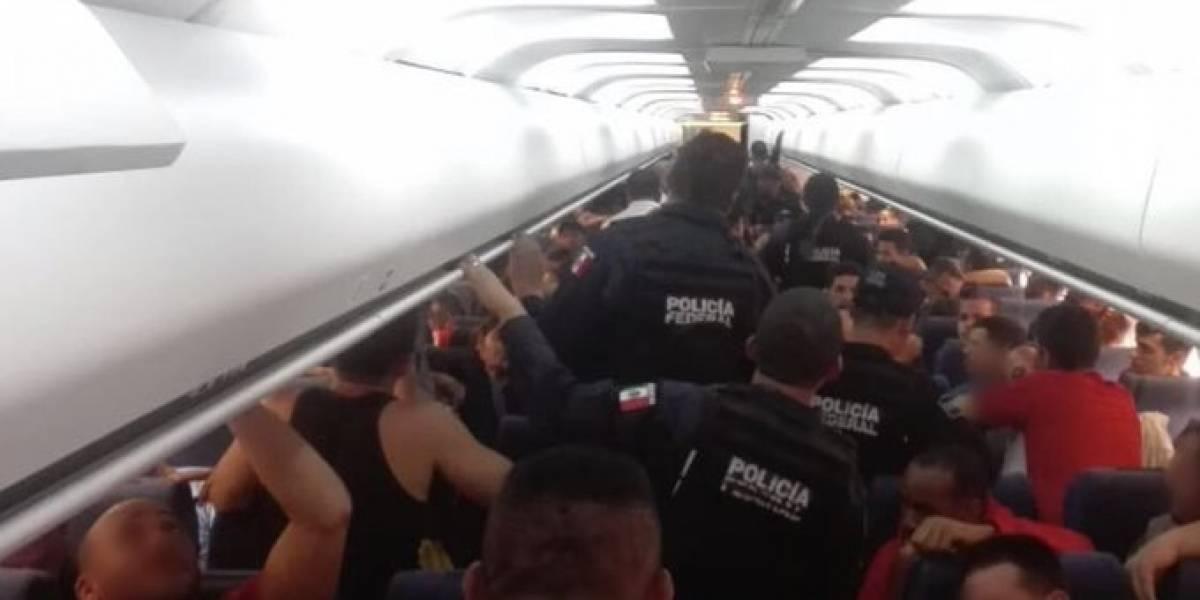 México deporta a cientos de migrantes cubanos y hondureños en un día