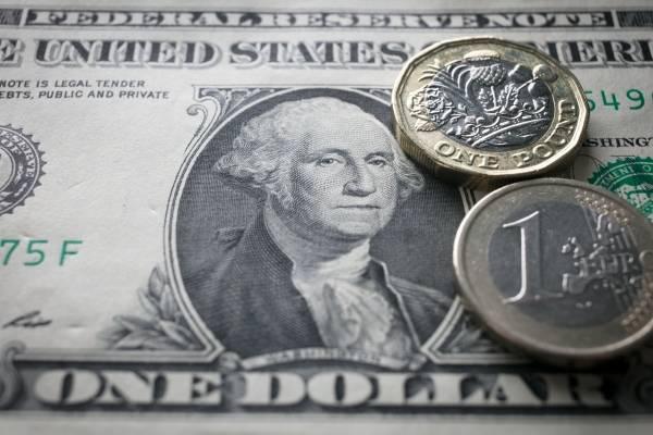 Dólar alcanzó el máximo histórico de 3.524 pesos