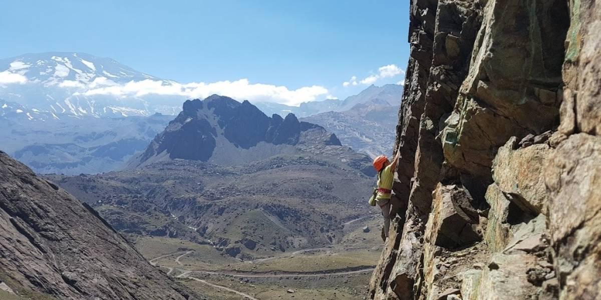 Valentina Ukrow, la gran promesa chilena de ocho años que sorprende con su talento en la escalada deportiva