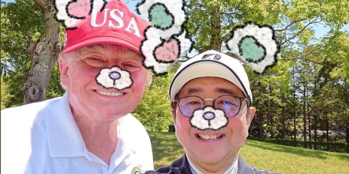 """Como amigos de toda la vida: la selfie entre Trump y Shinzo Abe que desató una ola de memes """"kawaii"""""""
