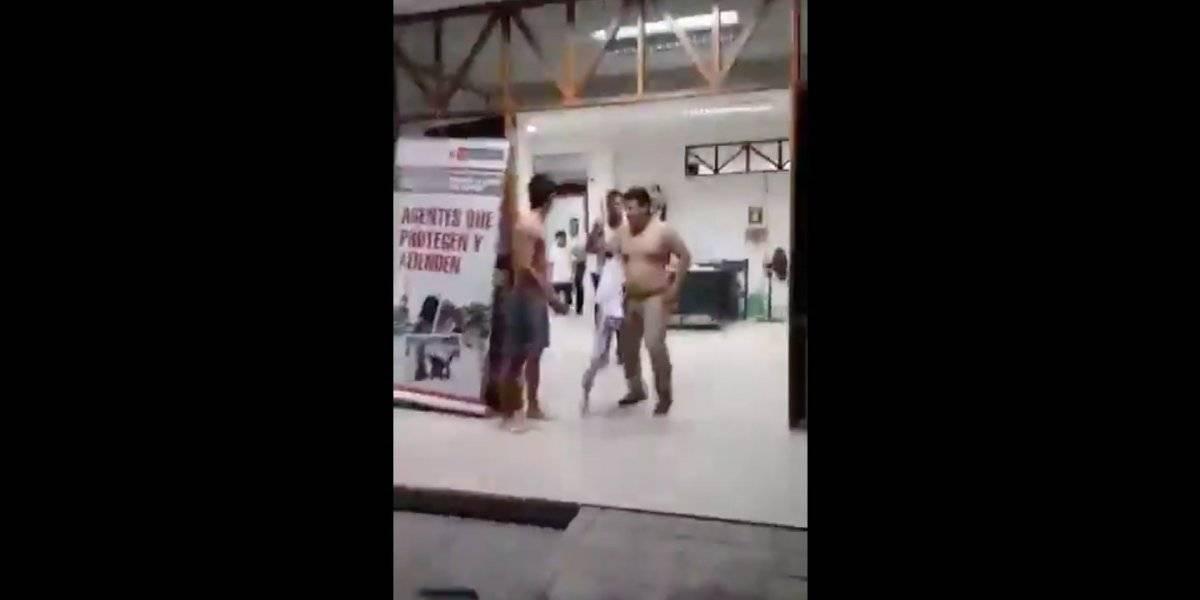"""""""¡Agarren a un detenido, cara..!"""": el tenso momento en un cuartel policial peruano en medio del terremoto"""
