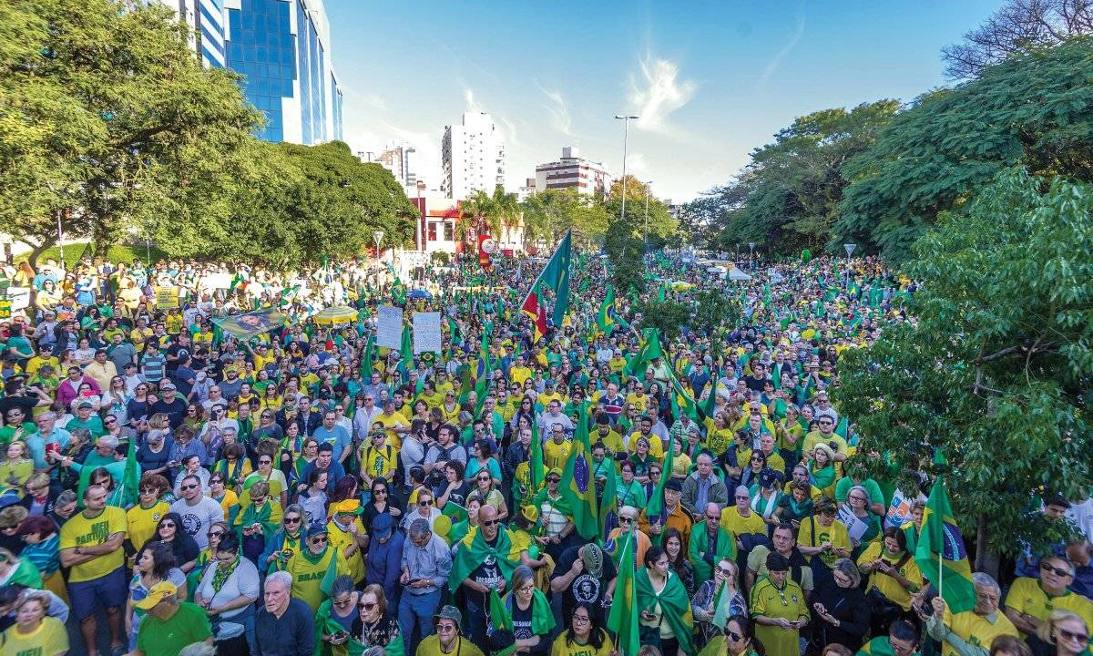 Manifestantes se reuniram no Parcão Evandro Leal/Agência Freelancer/Folhapress