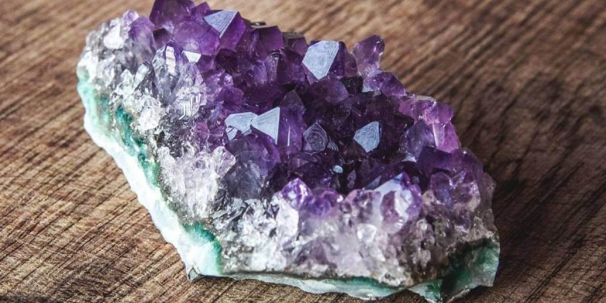 Feng shui indica cristais e pedras para a área de espiritualidade e sabedoria no seu lar