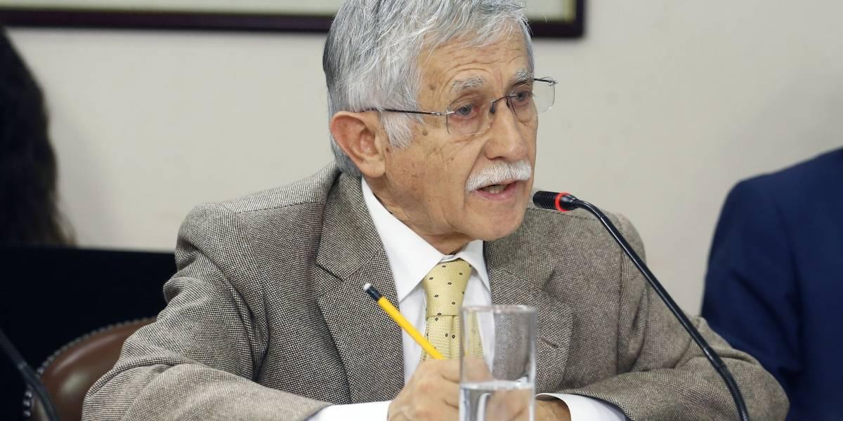 """De """"ridículas"""" y """"sin fundamento"""" fueron catalogadas las declaraciones del presidente ejecutivo de Codelco en relación al desempeño de los trabajadores mineros de Chile"""