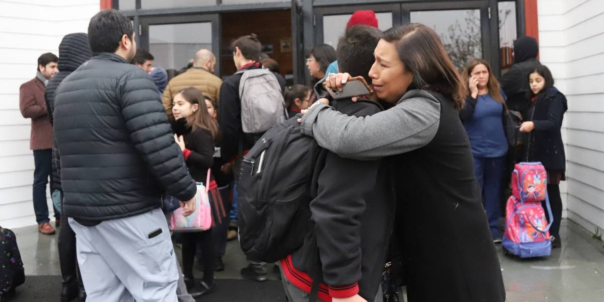 Reportan balacera al interior de colegio en Puerto Montt