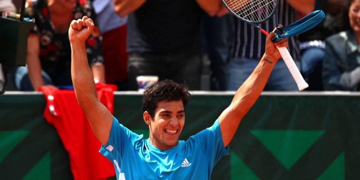 Cristian Garin mostró todo su repertorio y derrotó al gigante Reilly Opelka para celebrar en Roland Garros
