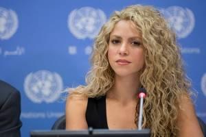 Llueven críticas a Shakira tras difusión de foto insólita