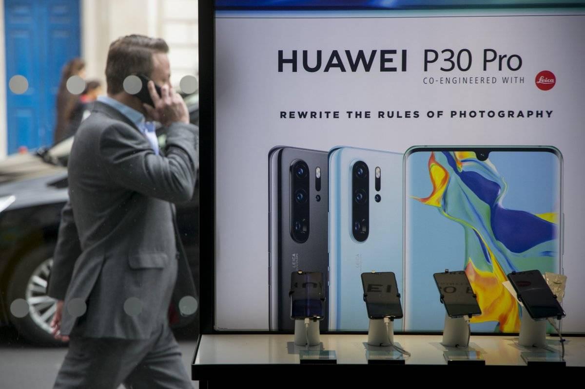 Huawei presenta demanda judicial en EE.UU. contra