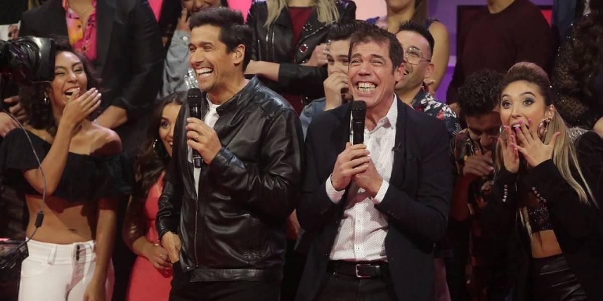 """Rafael Araneda regresó a """"Rojo"""", subió el rating de TVN y venció a """"Mi amigo Alexis"""" de Canal 13"""