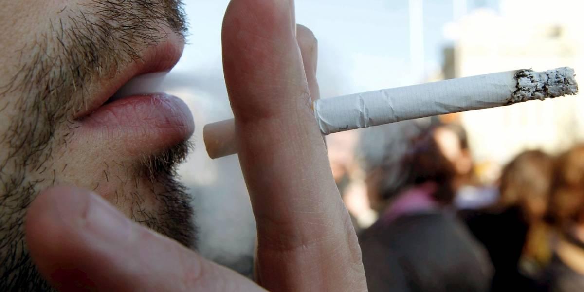 ¡Atención fumadores y fumadores pasivos! ¿El humo del cigarrillo transporta el coronavirus?