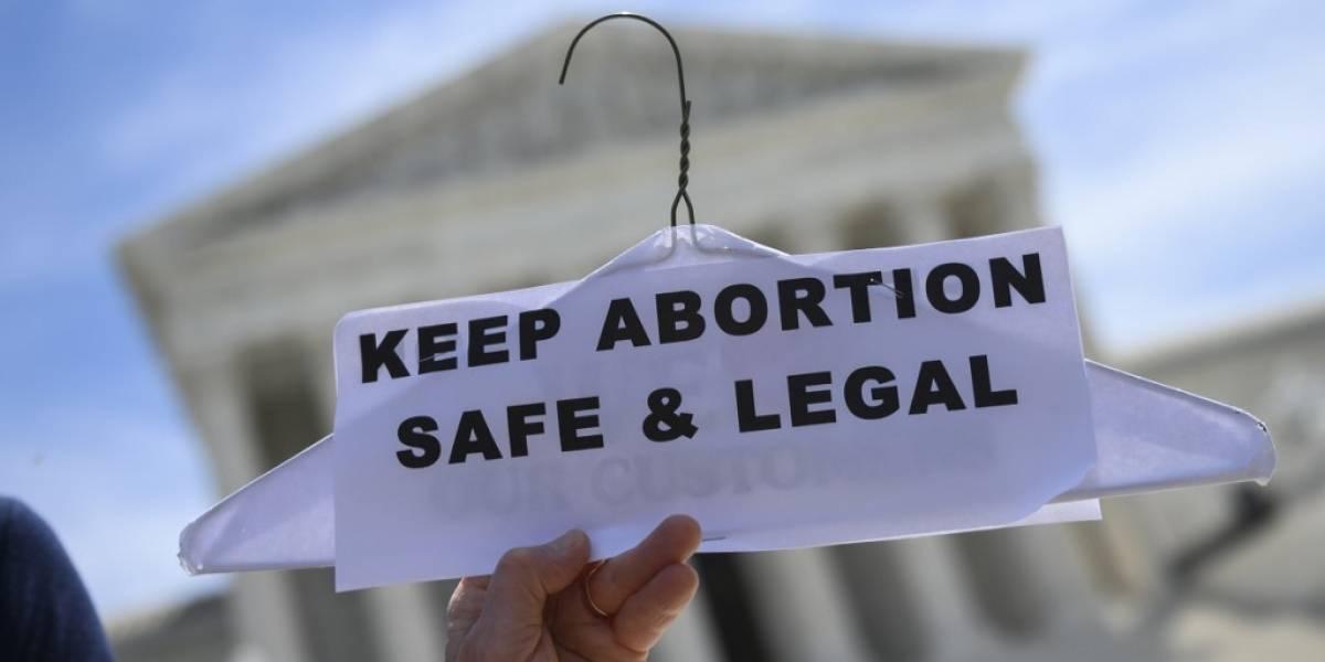Corte Suprema de EE. UU. falla sobre el aborto pero evita abordar su legalidad