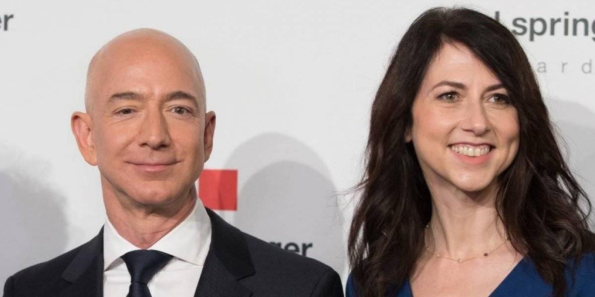 Exesposa de Jeff Bezos se compromete a donar la mitad de su fortuna
