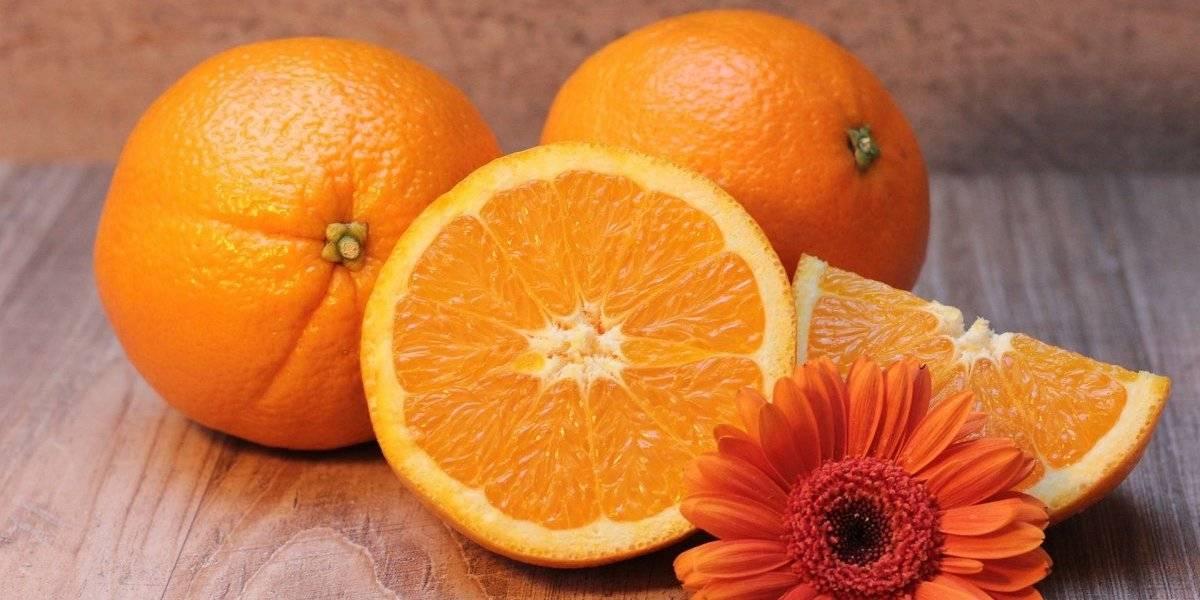 Vitamina detox de laranja e aveia é rica em fibras e ajuda a emagrecer