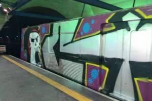 metrô pixado